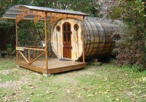 Hut 10: Bacchus