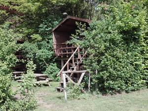 Hut 4: Paalhut zuidzicht